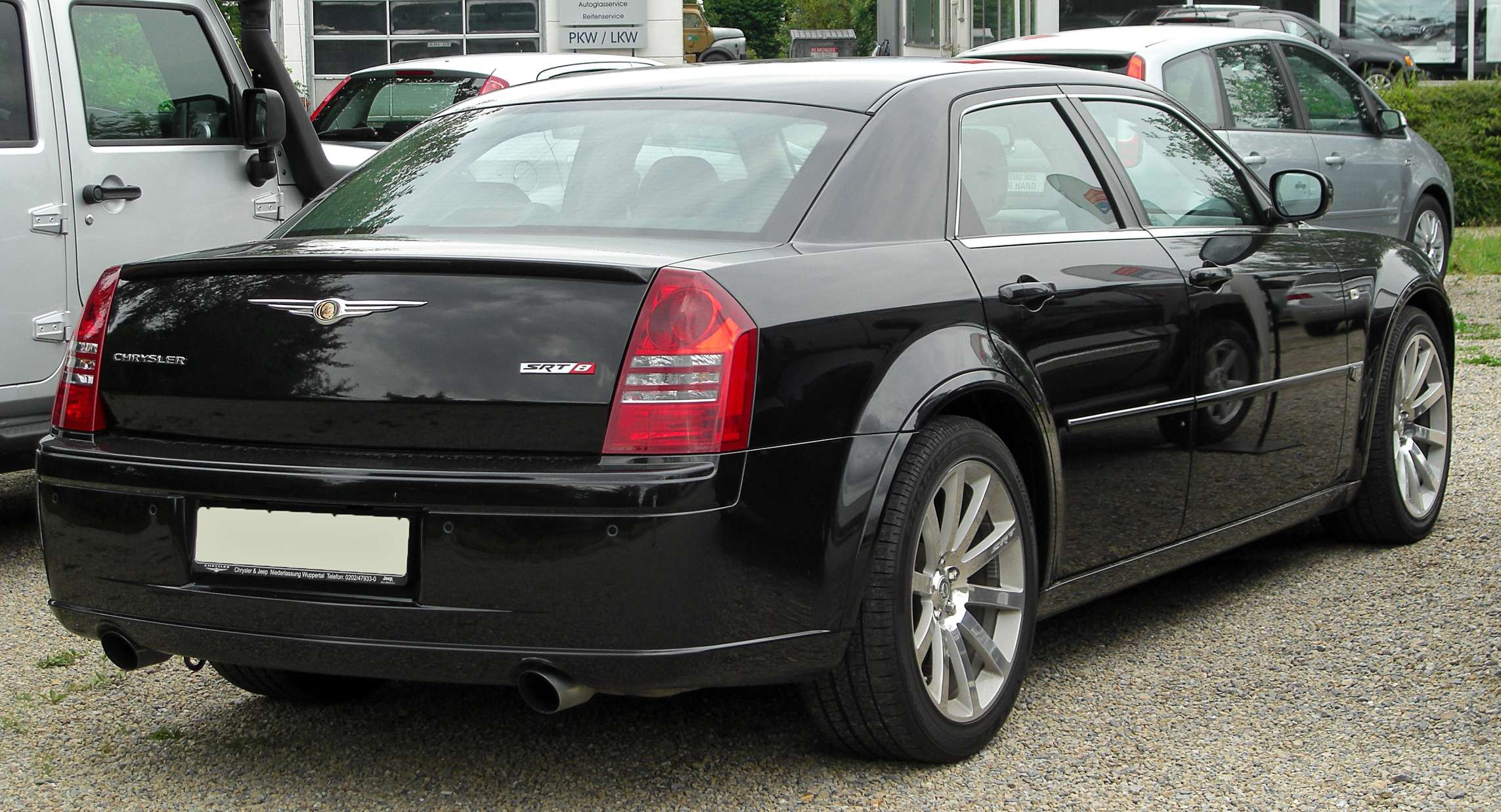 Chrysler 300C SRT8 #7794538