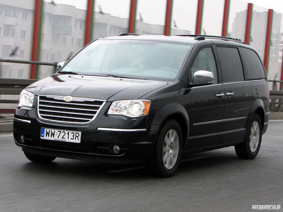 Chrysler Grand Voyager #7307187