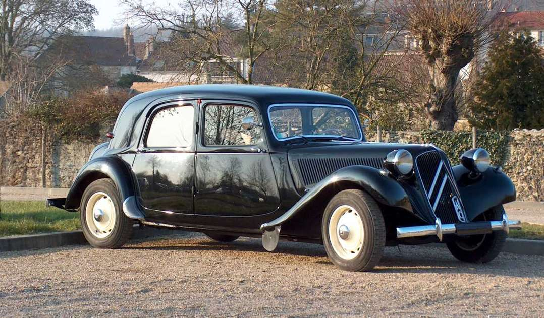 Citroen Traction Avant #7893749