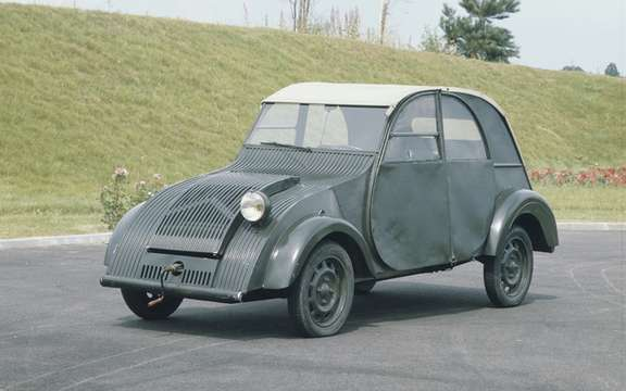 Citroen 2 CV: Over 6,000 cars expected picture #1