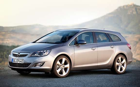 Opel Astra Sports Tourer: It should come compete with the Golf Wagon