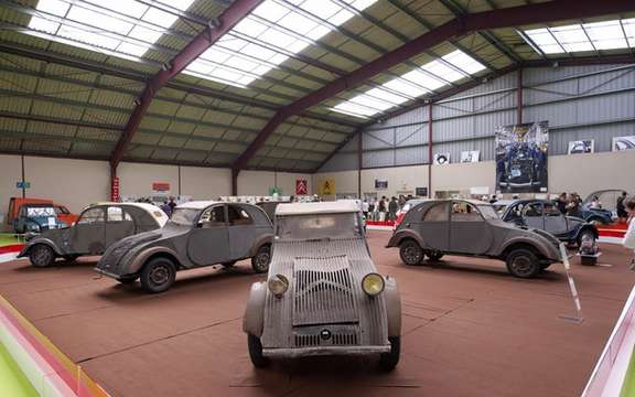 The 19th World Meeting of Friends of the Citroen 2CV beats records of participation picture #2