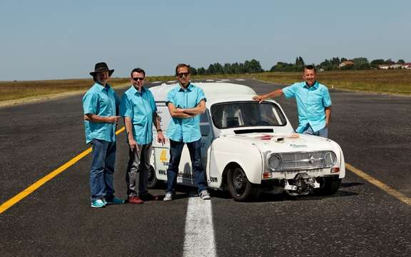 Thousand and one Renault 4 at