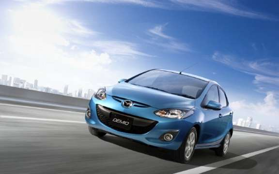 Mazda Demio SKYACTIV 2012: the first in Japan picture #2