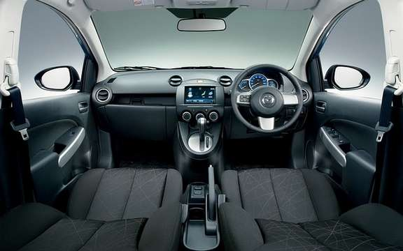 Mazda Demio SKYACTIV 2012: the first in Japan picture #7