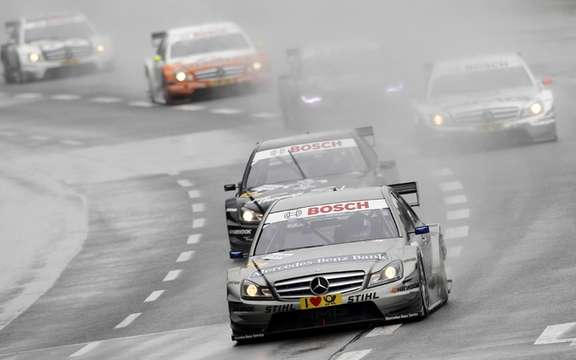 Balance racing weekend ... And the victory of Spengler DTM!