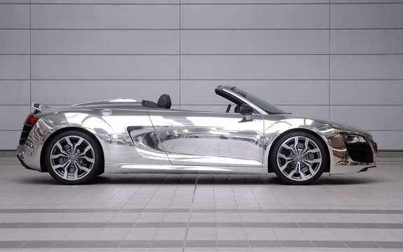 The Audi R8 Spyder Chrome will be put to auction picture #3