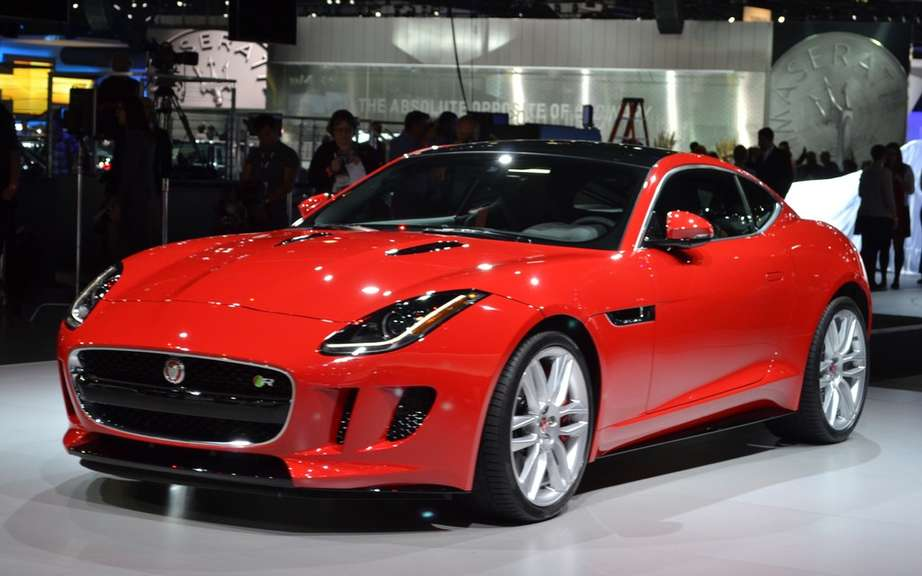 Jaguar F-Type Coupe featured at Super Bowl picture #3