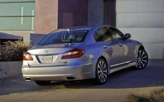 Hyundai Genesis 2012: Two new GDI engines picture #2