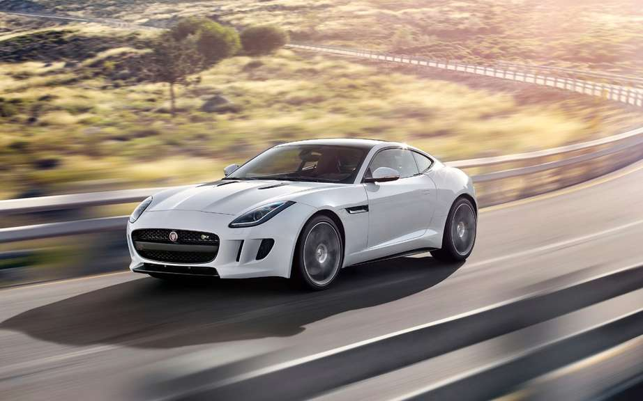 Jaguar F-Type Coupe featured at Super Bowl picture #5