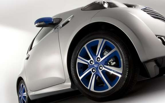 "Aston Martin Cygnet: An edition ""Cygnet & Colette"" picture #5"