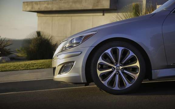 Hyundai Genesis 2012: Two new GDI engines picture #5