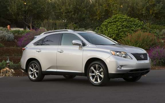 Lexus RX 350 2011: A voluntary safety campaign
