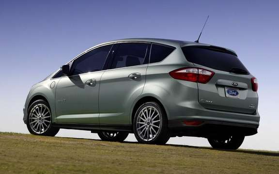 Ford C-Max Hybrid and Plug-in Hybrid: The only versions available picture #2