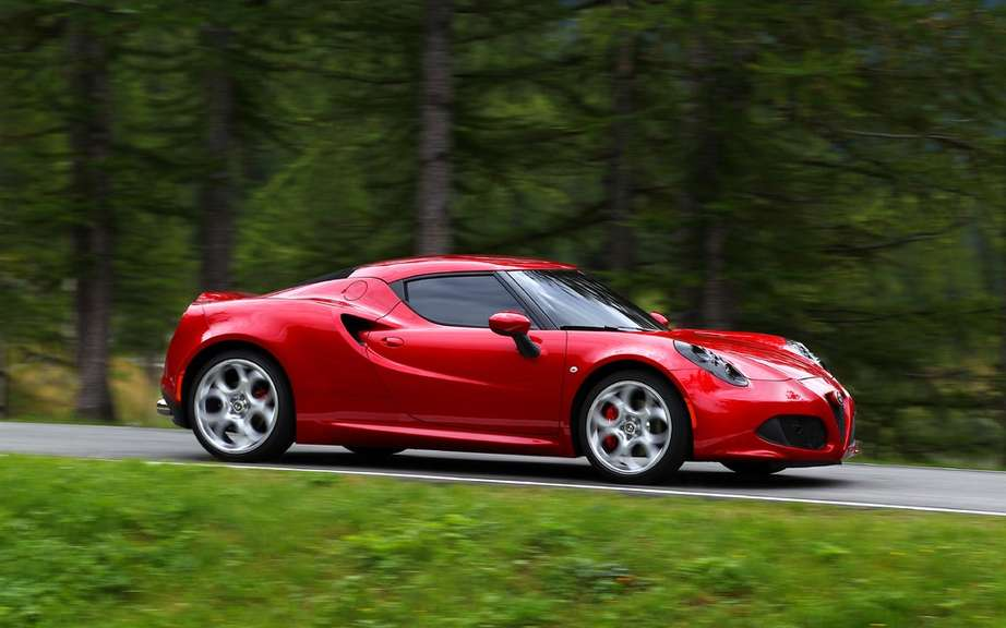 Alfa Romeo 4C: Most Beautiful Car in 2013 picture #2
