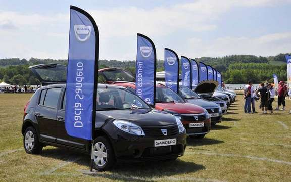 More than 7,500 participants in the third Grand Picnic Dacia picture #2
