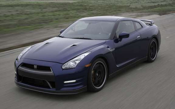 Nissan GT-R 2012: The price is the measure of his reputation
