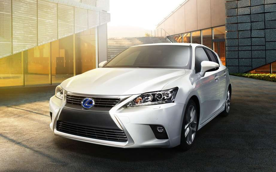 Lexus CT 200h: Best secutitaire choice in crash tests picture #1