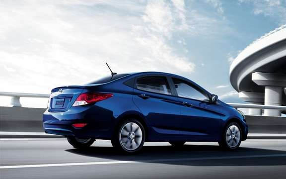 2012 Hyundai Accent Price Deeper more generous equipment picture #3