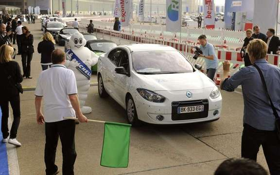 Renault Fluence ZE: She wins the challenge Bibendum 2011 picture #1