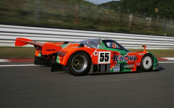 The Mazda 787B, winning the 24 Hours in 1991, returns to Le Mans after 20 years picture #3
