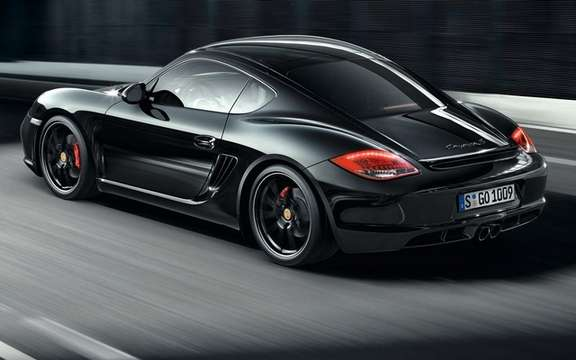 Porsche Cayman S Black Edition: All black clothed picture #4