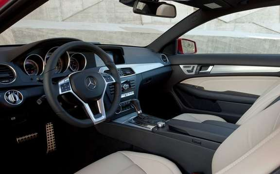 Mercedes-Benz C-Class Coupe 2012: A silhouette very well done picture #6