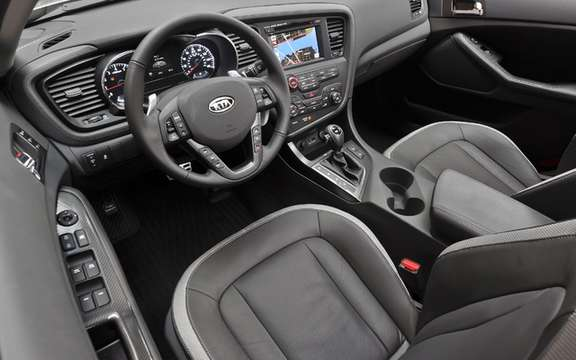 2011 Kia Optima: A beautiful interior