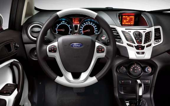 2012 Ford Fiesta: To further customize his car picture #8