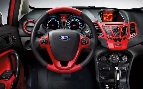 2012 Ford Fiesta: To further customize his car picture #10