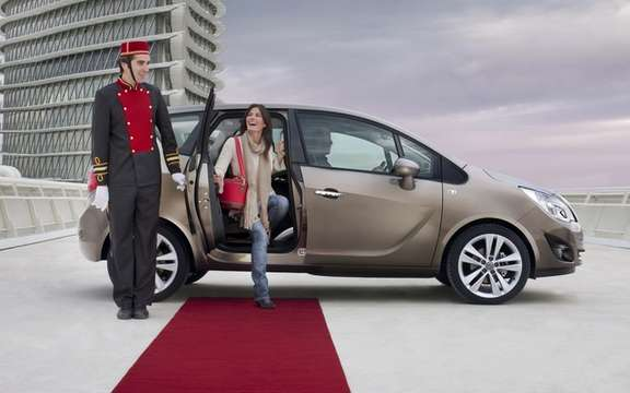 Opel Meriva: Star Lounge taxis Paris