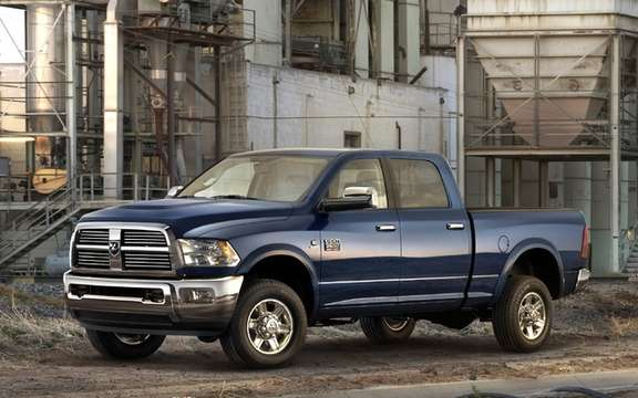 RAM Heavy Duty: A turbo diesel engine 800 lb-ft of torque