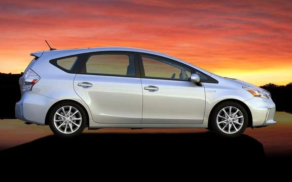 Toyota Prius 2012: Available for this summer