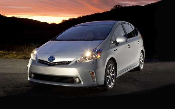 Toyota Prius 2012: Available for this summer picture #2