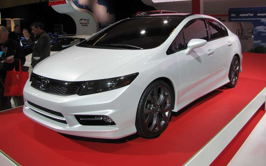 Honda Civic 2012: Two more months to wait picture #2