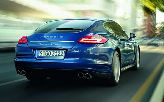 Porsche Panamera S Hybrid: Performance and Energy Efficiency picture #2
