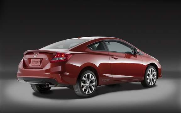 Honda Civic 2012: Two more months to wait picture #7