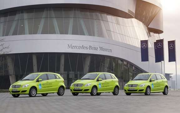 Mercedes-Benz F-Cell World Drive: One way to celebrate their 125th anniversary