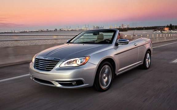 Chrysler 200 Convertible 2011: It was not a Detroit picture #1