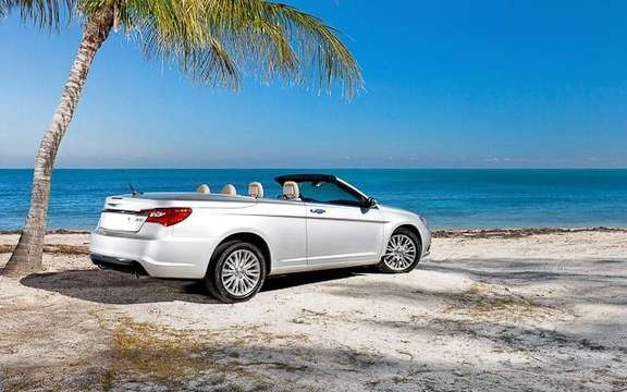 Chrysler 200 Convertible 2011: It was not a Detroit picture #2