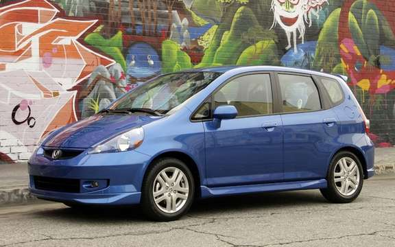 Honda Fit 2007 and 2008: Reminder 1.35 million cars picture #2