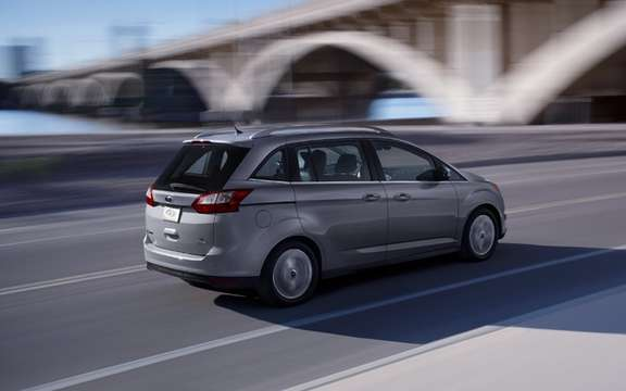Ford C-Max 2012: In Europe it is called Grand C-Max picture #2