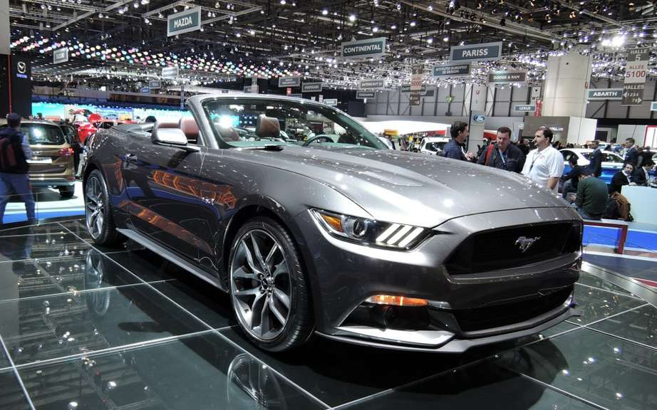 2015 Ford Mustang auctioned for $ 300,000