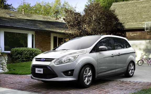 Ford C-Max 2012: In Europe it is called Grand C-Max picture #3