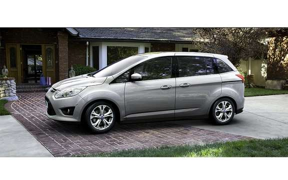 Ford C-Max 2012: In Europe it is called Grand C-Max picture #4