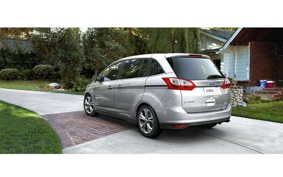 Ford C-Max 2012: In Europe it is called Grand C-Max picture #5