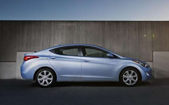 Hyundai unveiled the pricing of the new 2011 Elantra picture #2