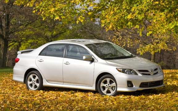 Toyota Corolla and Matrix 2011 Price respective departing from $ 15,450 and $ 16,715 picture #2