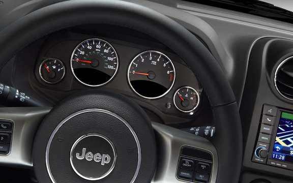 Jeep Compass 2011: starting a fixed price $ 18,995 picture #6