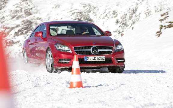 Mercedes-Benz Canada: Progamme 2011 sessions winter driving picture #2